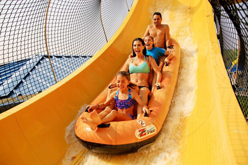 Water World Colorado - family riding Mile High Flyer