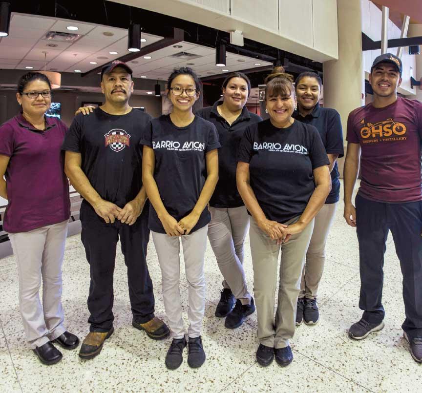 Kinda Mesa Airport group phot